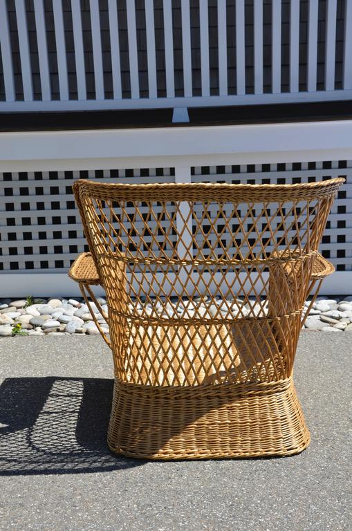 McHugh Willow Armchair In Excellent Condition For Sale In Old Saybrook, CT