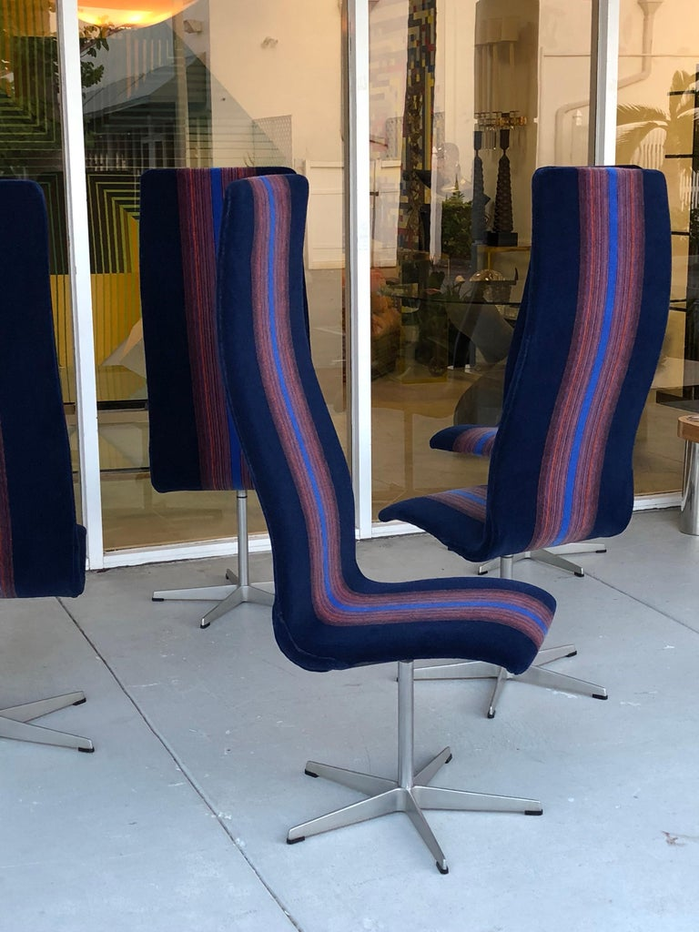 Danish Arne Jacobsen for Fritz Hansen Oxford Dining Chairs in Mohair For Sale