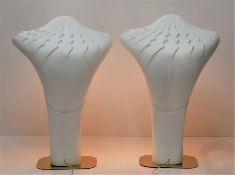 Pair of Large White Sculptural Lamps by Lindsey Balkweill, 1984 In Excellent Condition For Sale In Miami, FL