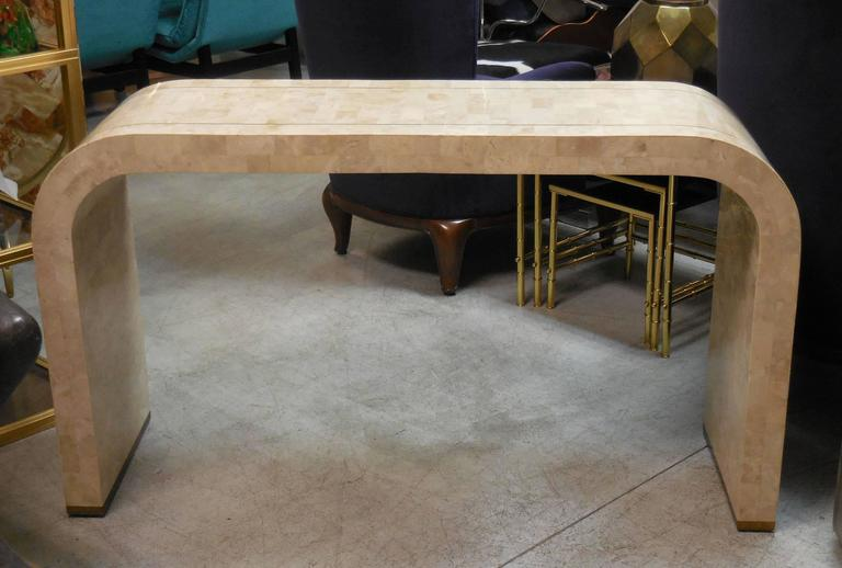 Simple, Elegant And Practical. Very Fine Craftsmanship. Larger And Even  Pieces Of Marble
