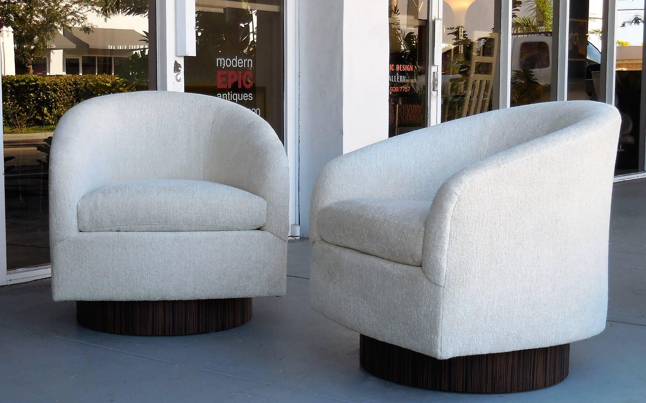 Pair Of Plush Swivel Chairs With Macassar Bases In Excellent Condition For  Sale In Miami,