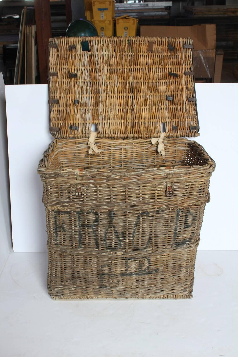 Large Antique Travel Wicker Basket Trunk At 1stdibs