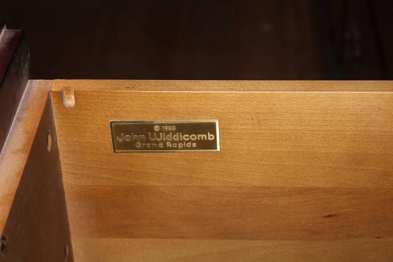 Walnut Credenza by Widdicomb In Good Condition For Sale In Chicago, IL