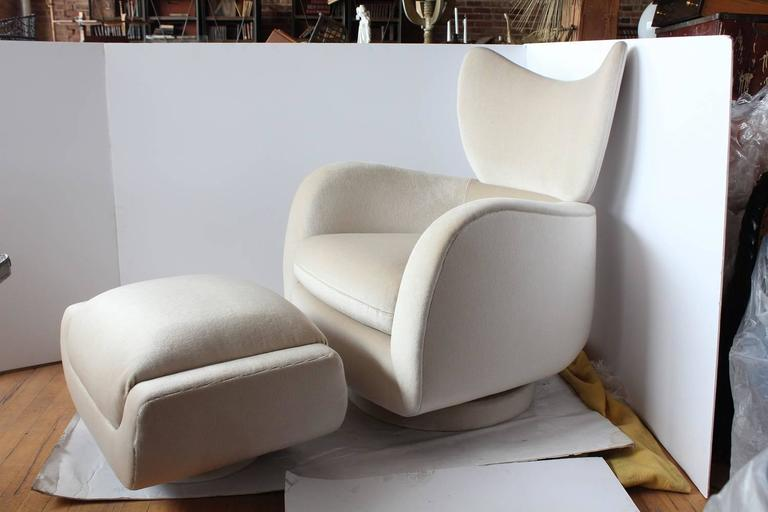 1970s Swivel Lounge Mohair Chair and Ottoman by Vladimir Kagan 2