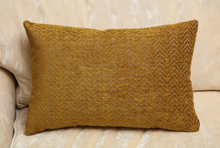 Scandinavian Modern Gold Rectangular Pillows In New Condition For Sale In New York, NY