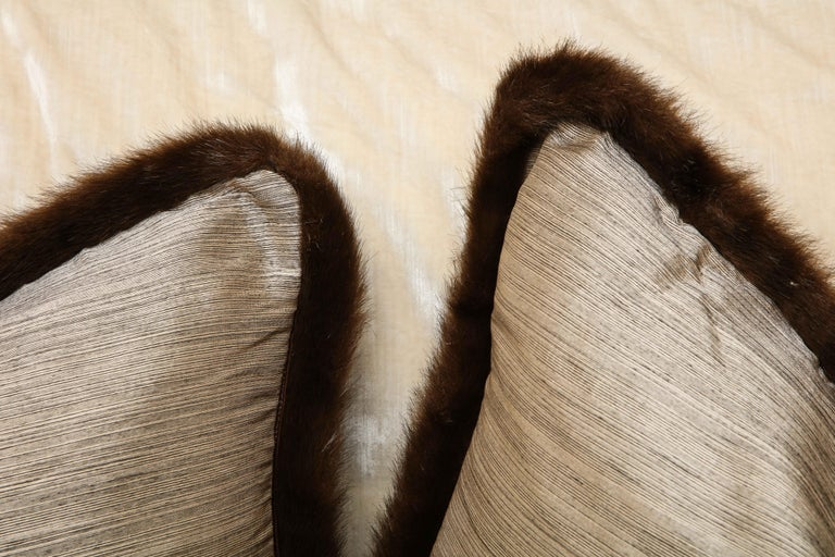 Pair of Silver and Bronze Silk and Fur Anglo-Japanese Pillow For Sale 3