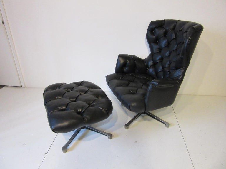 1960s-1970s Black Tufted Lounge Chair with Ottoman For Sale 3