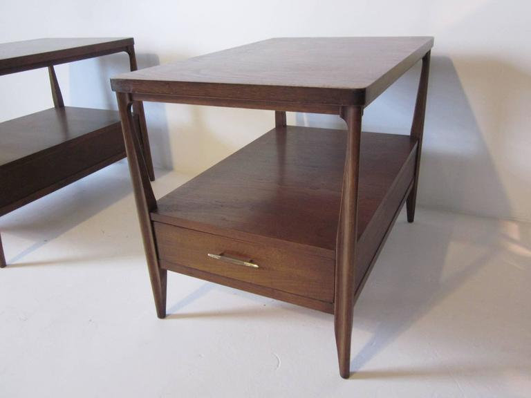 Mahogany Nightstands or End Tables In Excellent Condition For Sale In Cincinnati, OH