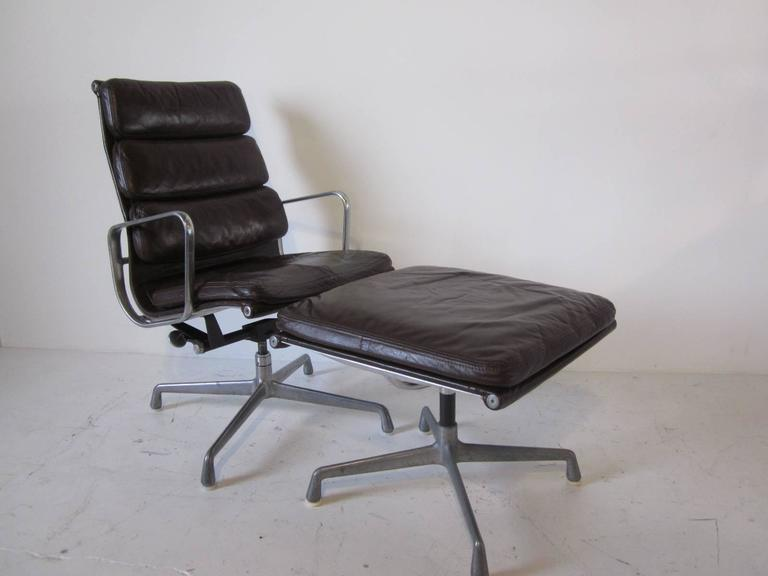 this eames soft pad aluminium group chair with ottoman is no longer