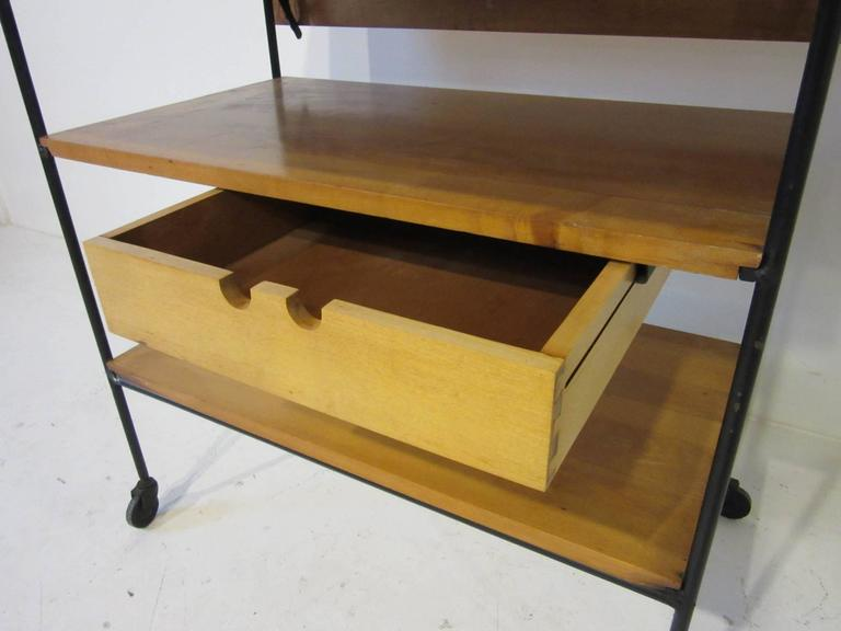 20th Century Paul McCobb Bar or Serving Cart with Folding Top For Sale