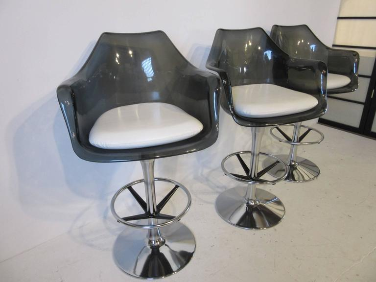 Smoked Lucite And Chrome Swiveling Bar Stools At 1stdibs