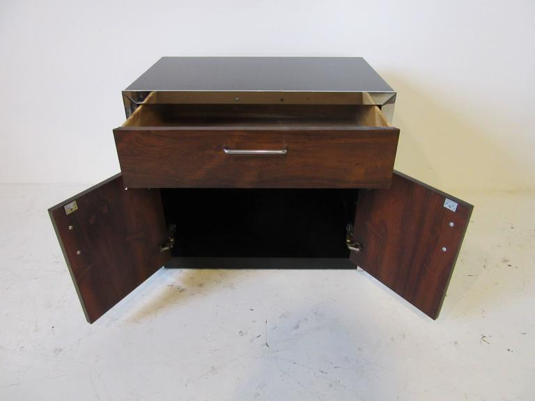 Rosewood and Chrome Nightstand in the Manner of Milo Baughman In Good Condition For Sale In Cincinnati, OH