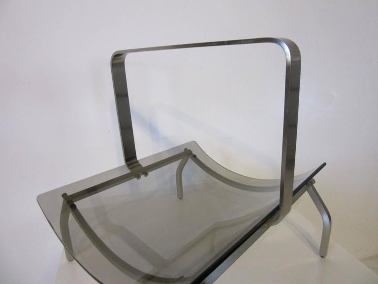 Fontana Arte Stainless and Glass Magazine Rack In Good Condition For Sale In Cincinnati, OH