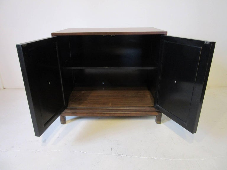 20th Century Renzo Rutili Commode / Cabinet for Johnson Brothers