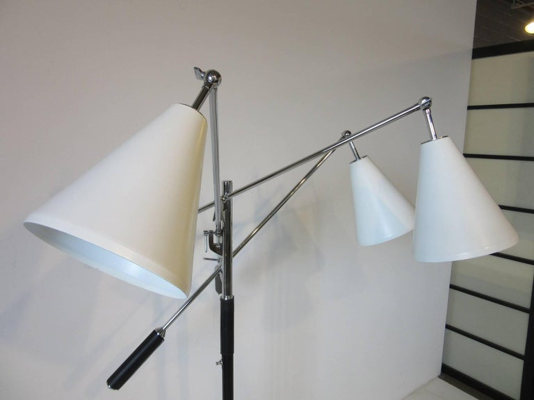 Mid-Century Modern Italian Triennale Floor Lamp in the style of Angelo Lelli For Sale