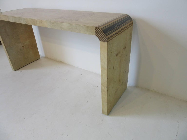 Modern Henredon Scene Two Burl Wood Console Table or Small Desk For Sale