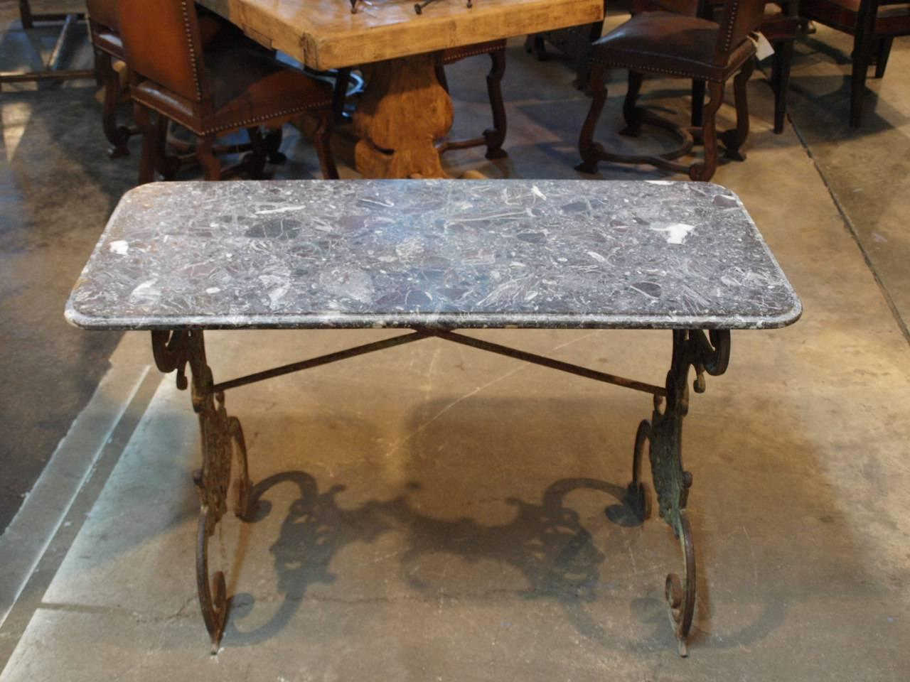 French Early 19th Century Bistro Table In Cast Iron And Marble For Sale At 1s