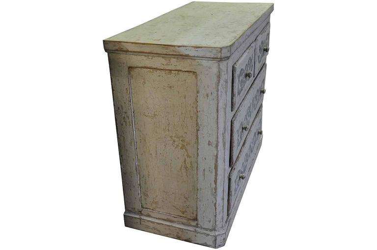 Spanish 19th Century Commode in Painted Wood In Good Condition For Sale In Atlanta, GA