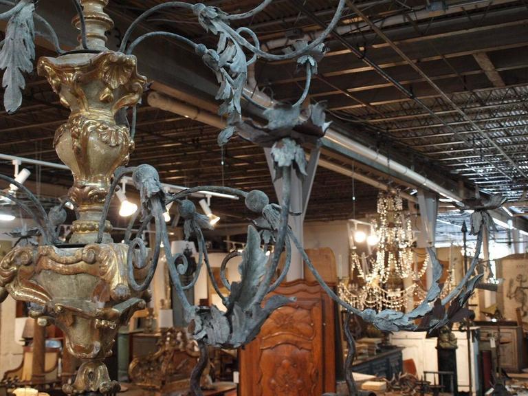 Monumental Italian 18th Century Baroque Chandelier For Sale 2