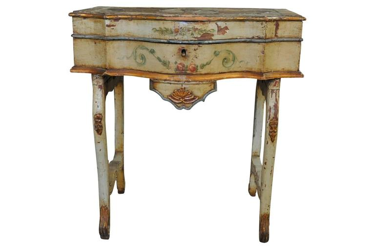 Outstanding Italian, 17th Century Traveling Prayer Table In Excellent Condition For Sale In Atlanta, GA