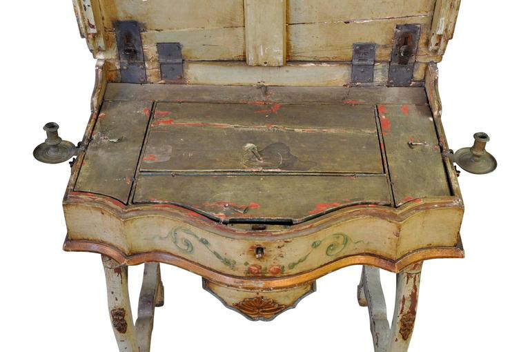 Outstanding Italian, 17th Century Traveling Prayer Table For Sale 2