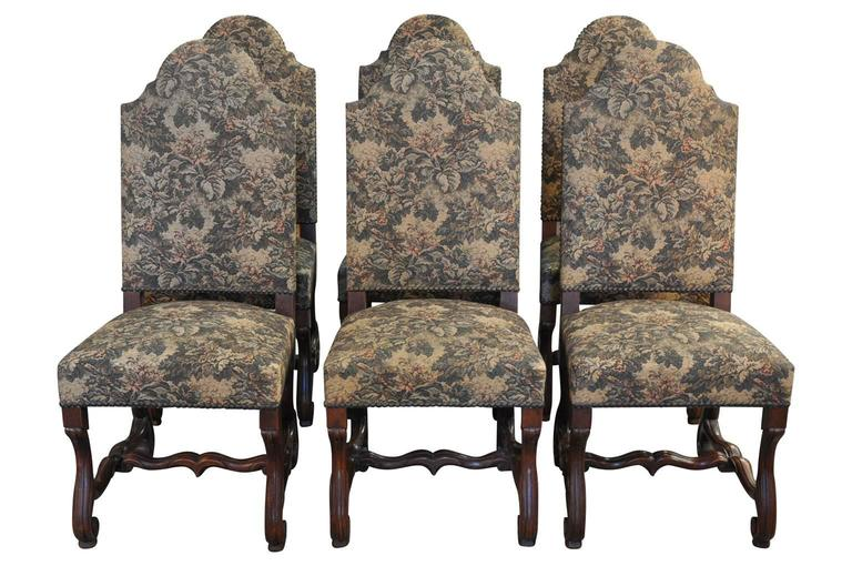 A wonderful set of six late 18th-early 19th century dining chairs from the Piedmonte region of Italy. Very sturdy construction and very comfortable.