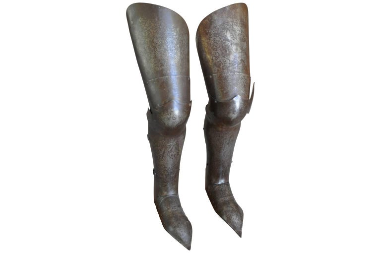 18th Century and Earlier Italian 16th Century Jambieres, Leg Armour For Sale