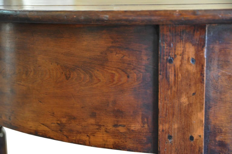 Spanish Early 19th Century Demilune Console Table In Excellent Condition For Sale In Atlanta, GA