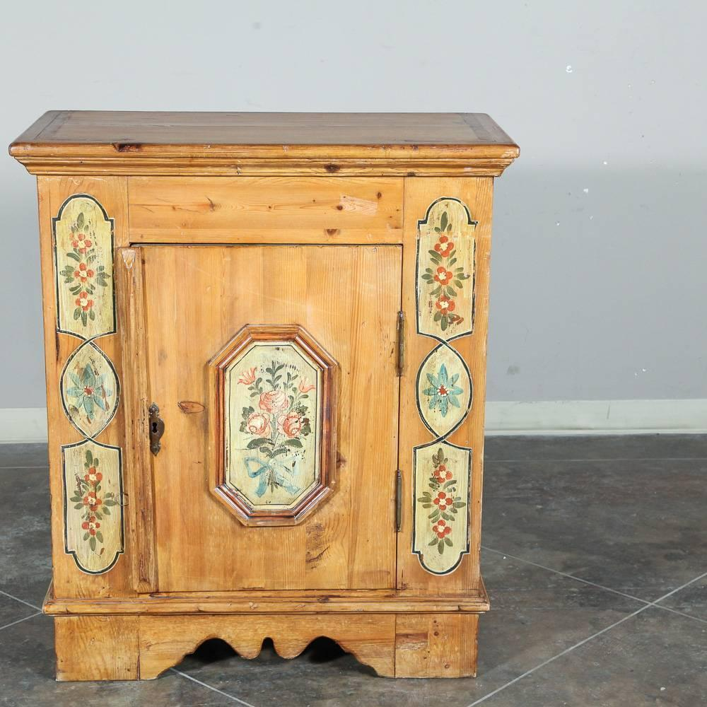 Painted Wood Furniture And Cabinets: Italian Hand Painted Country Pine Confitureier Cabinet