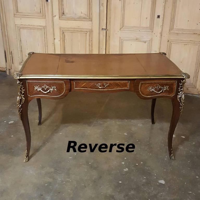 19th century french louis xv desk bureau plat at 1stdibs. Black Bedroom Furniture Sets. Home Design Ideas