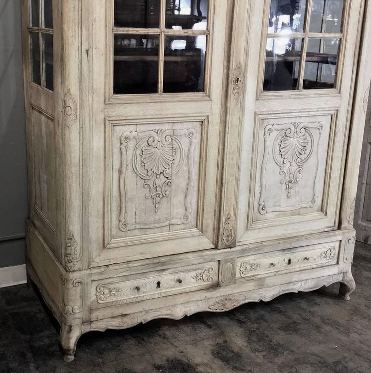 early 19th century country french stripped bookcase. Black Bedroom Furniture Sets. Home Design Ideas