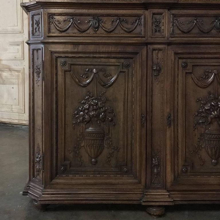 Walnut 19th Century Grand French Regence Bookcase, Vitrine For Sale