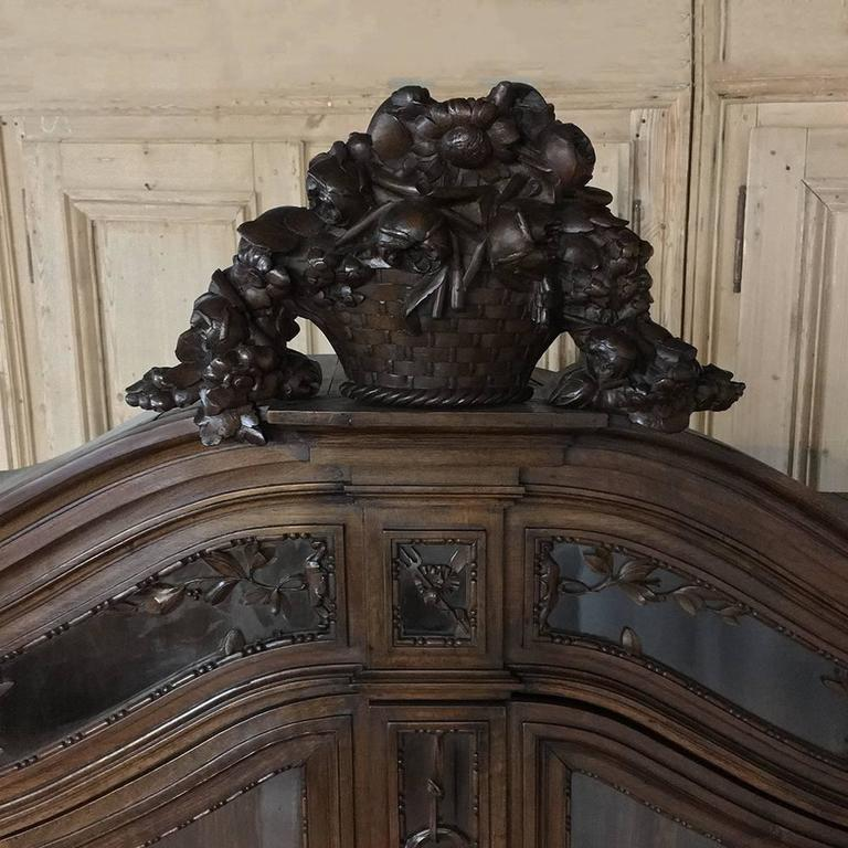 Hand-Carved 19th Century Grand French Regence Bookcase, Vitrine For Sale