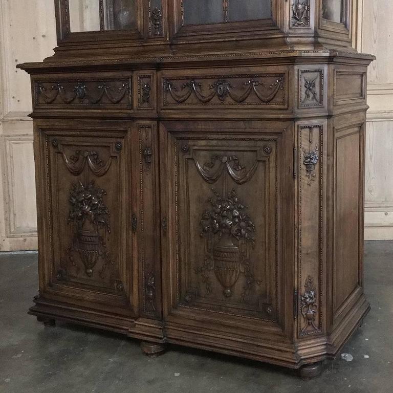 19th Century Grand French Regence Bookcase, Vitrine In Good Condition For Sale In Dallas, TX
