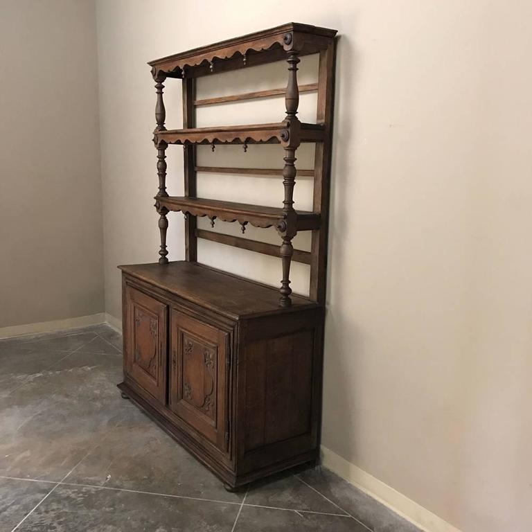 19th Century Italian Rustic Country Oak Vaisselier For Sale 6