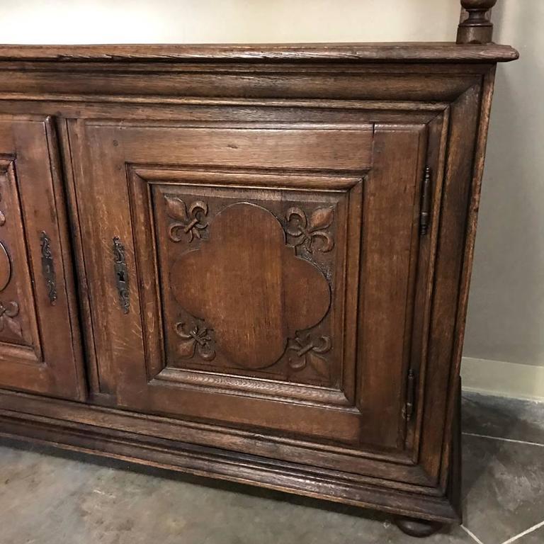 19th Century Italian Rustic Country Oak Vaisselier For Sale 4