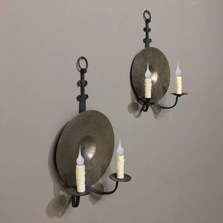 Spanish Iron Wall Sconces : Pair of 19th Century Spanish Hand-Forged Wrought Iron and Bronze Wall Sconces For Sale at 1stdibs