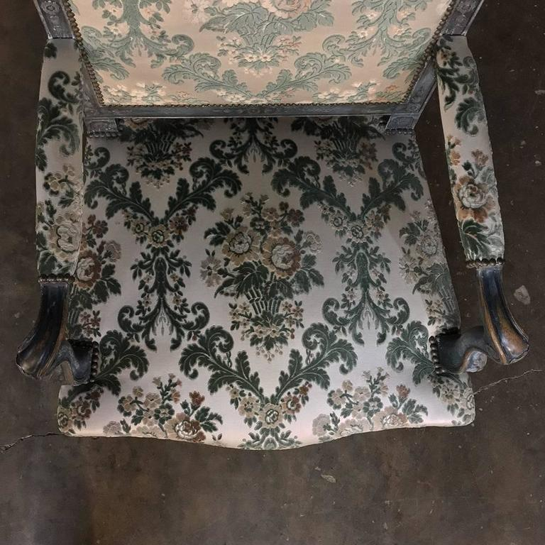 Pair of 19th Century French Louis XIV Painted Armchairs For Sale 2