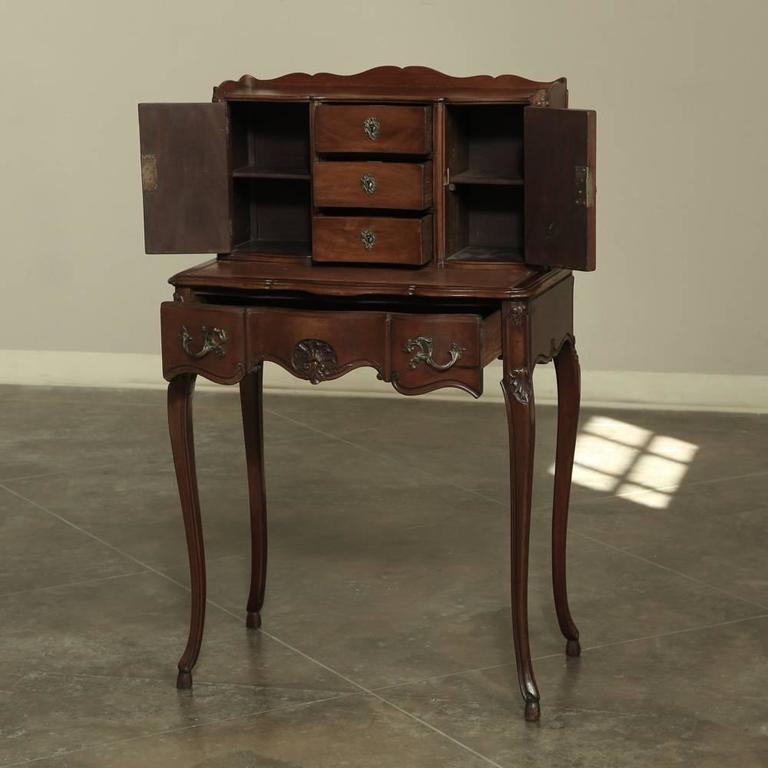 Antique French Walnut Louis XV Vanity/Desk 2 - Antique French Walnut Louis XV Vanity/Desk At 1stdibs