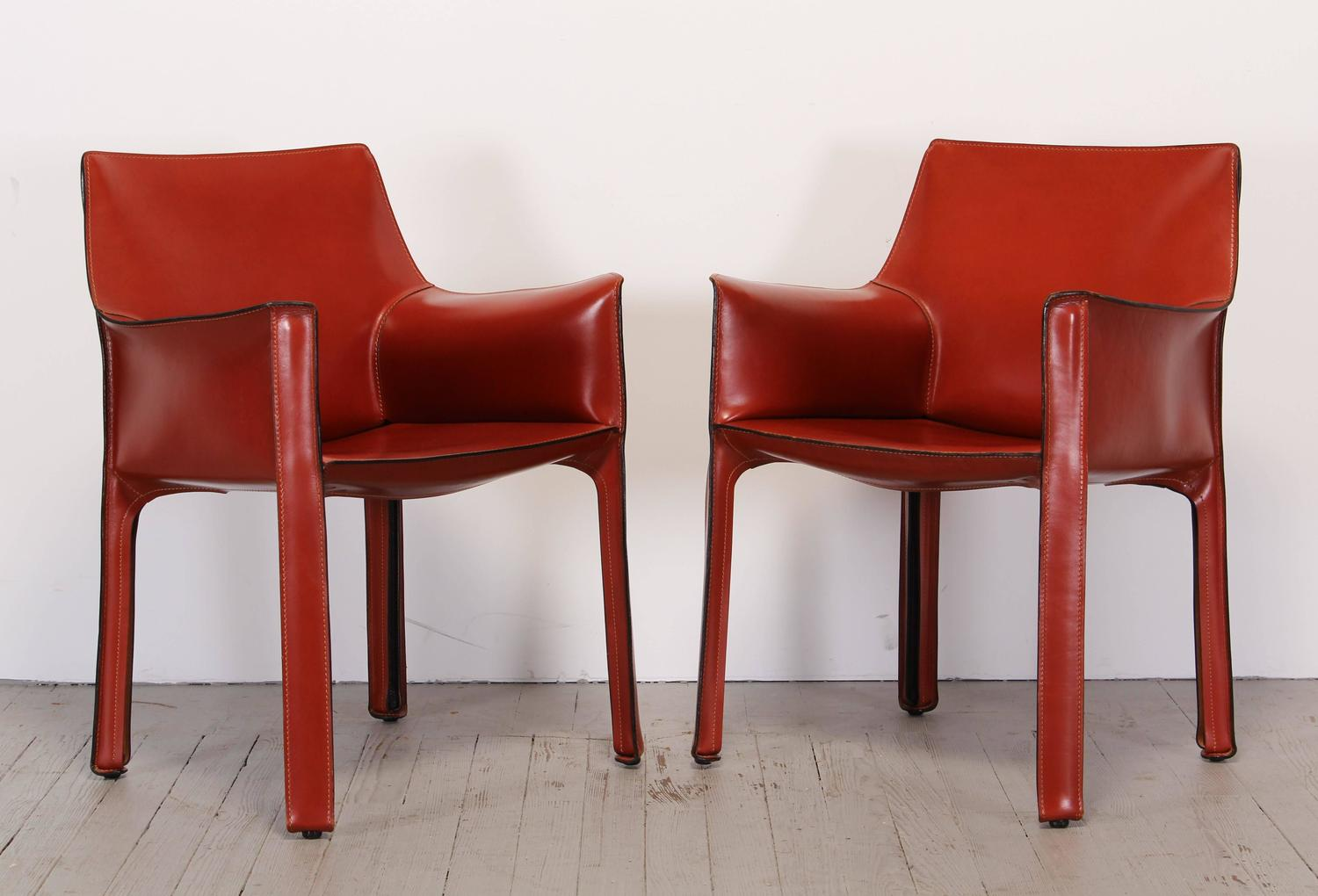 pair of 413 cab chairs by mario bellini by cassina at 1stdibs. Black Bedroom Furniture Sets. Home Design Ideas