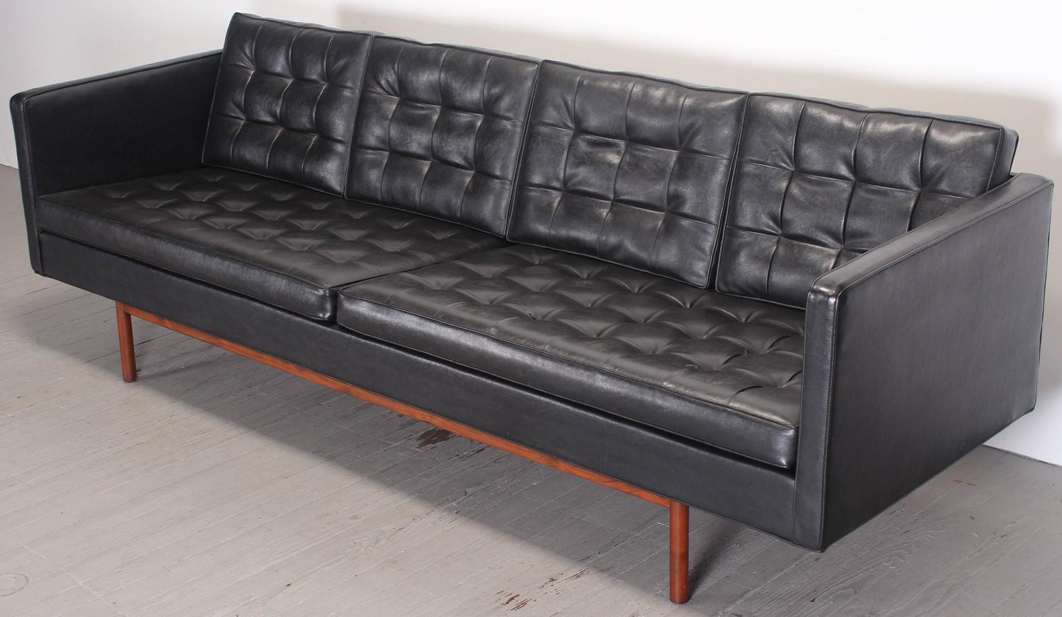 Milo Baughman For Thayer Coggin Black Vinyl Sofa, 1960s For Sale At 1stdibs