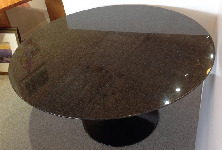 Saarinen Pedestal Granite Top Dining Table 54 Quot Round For