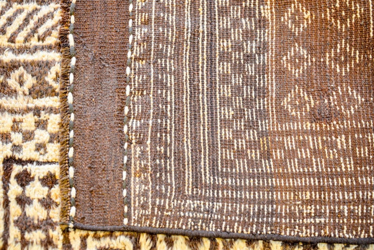 Fantastic 19th Century Gabbeh Rug In Good Condition For Sale In Chicago, IL