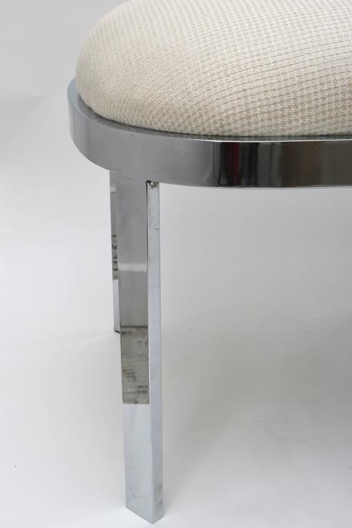 American D.I.A. Race-Track Form Bench in Polished Chrome and Cream Upholstery Fabric For Sale