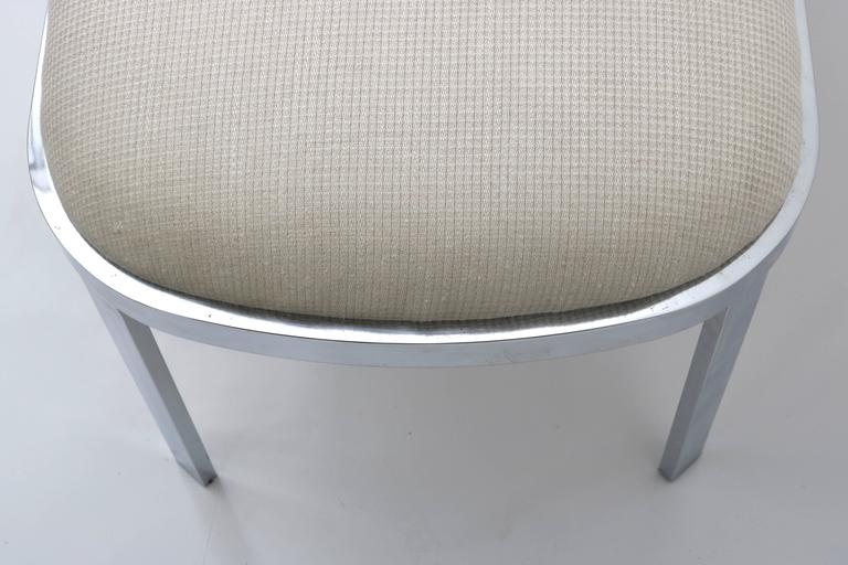 Mid-Century Modern D.I.A. Race-Track Form Bench in Polished Chrome and Cream Upholstery Fabric For Sale