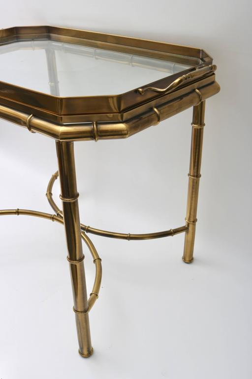Faux Bamboo Tray Table in Antique Brass In Good Condition For Sale In West Palm Beach, FL