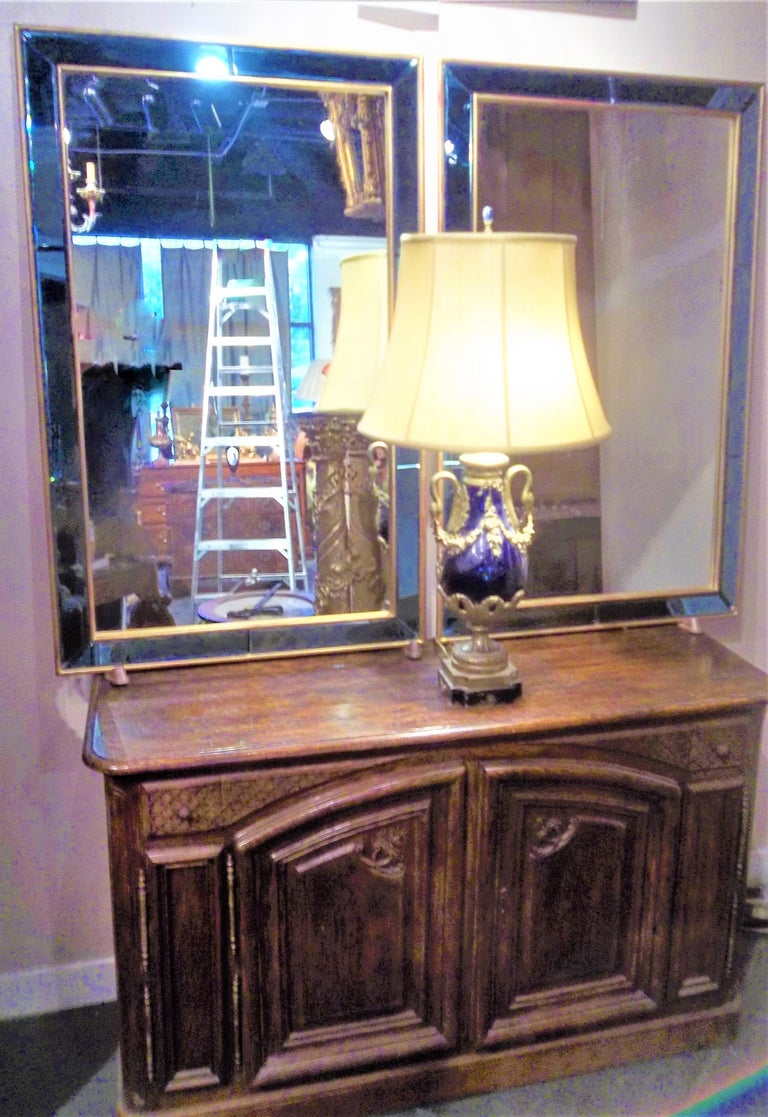 Pair of Neoclassical Styled Mirrors with Beveled Blue Mirror Surround Panes For Sale 7