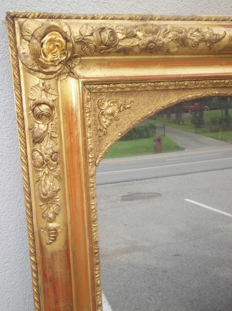 Colorful Lemon Giltwood Louis XVI Style Mirror With Floral Garlands  For Sale 2