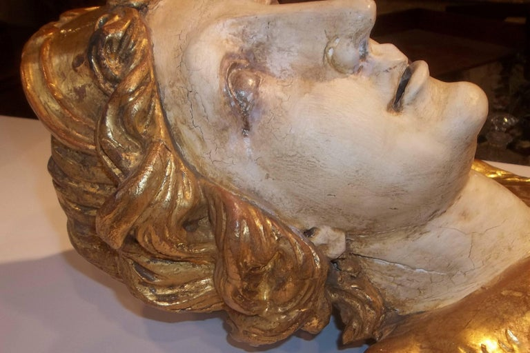 Large Pair of Carved Classical Giltwood Busts on Marble Bases In Good Condition For Sale In Nashville, TN