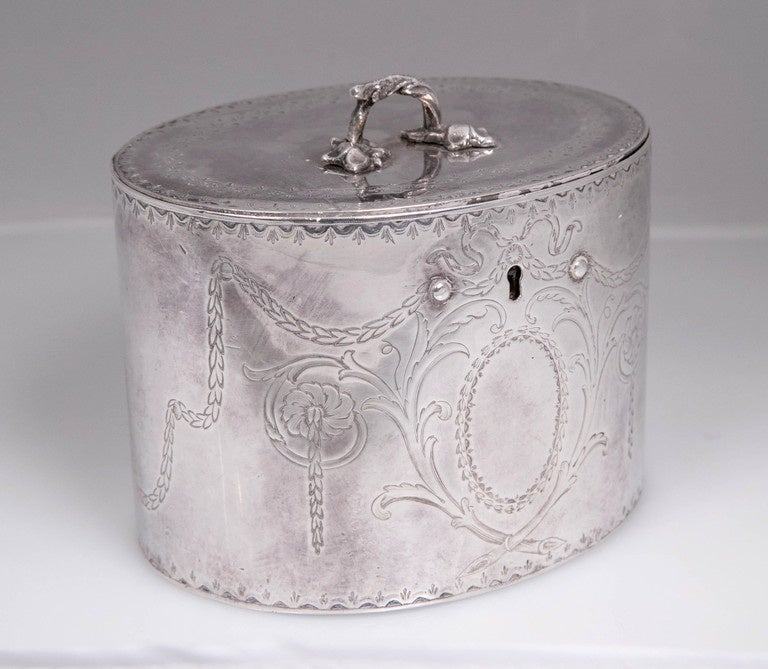Antique Sterling Silver Repousse Tea Caddy Box 1786 William Plummer London For Sale 2